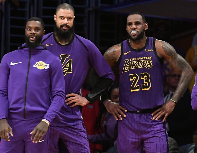 Los Angeles Lakers team issues