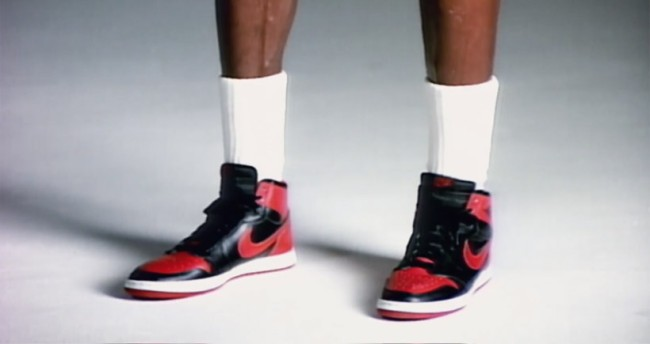 Humo error Evaluable  Hell Yes, The OG 'Banned' 1985 Nike Air Jordan 1 Rumored To Be Making A  Return On Black Friday 2019 – BroBible