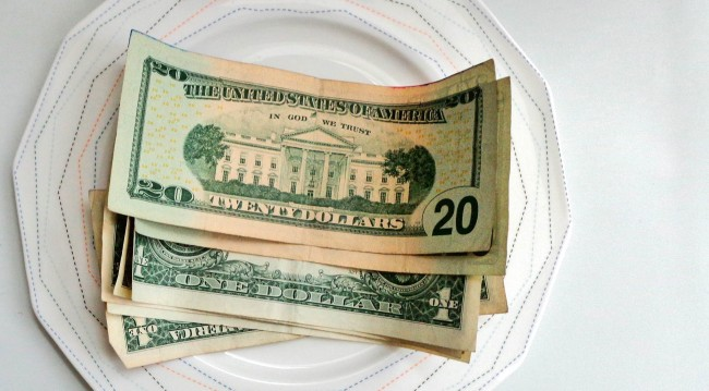 Video On 'How To Save Money By Tipping Less' Goes Viral