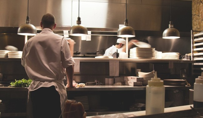 Chefs Red Flags People Should Watch For When They Go Out To Eat