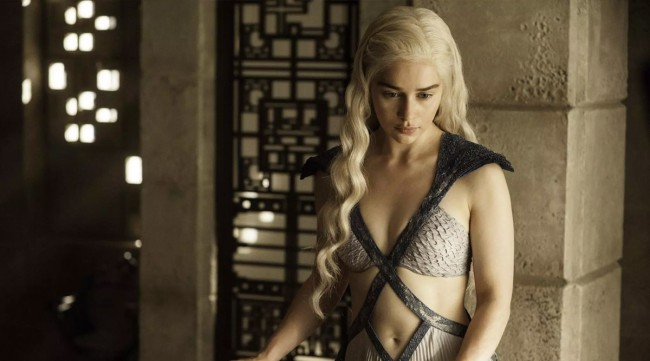 Emilia Clarke On When Her Brother A Cameraman For GOT Sex Scenes