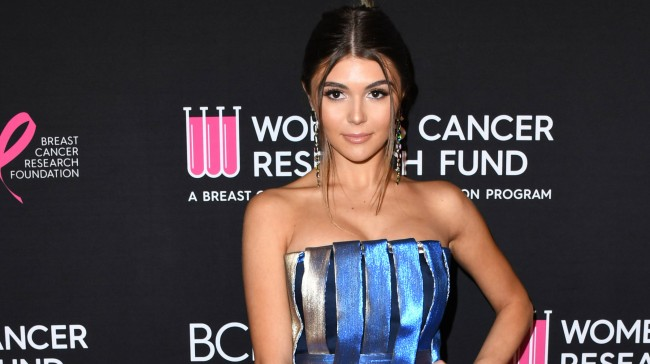 Lori Loughlin Daughter Olivia Jade Reportedly Wants To Return To USC