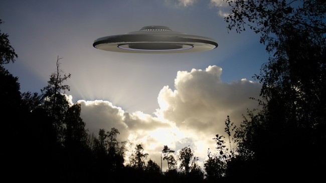Navy Pilots Report Seeing Multiple UFOs Flying At 'Hypersonic Speed'