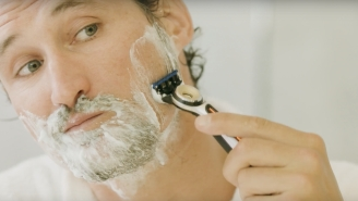 How To Properly Lather To Get The Best Shave – GROOMING GURU, Ep. 3