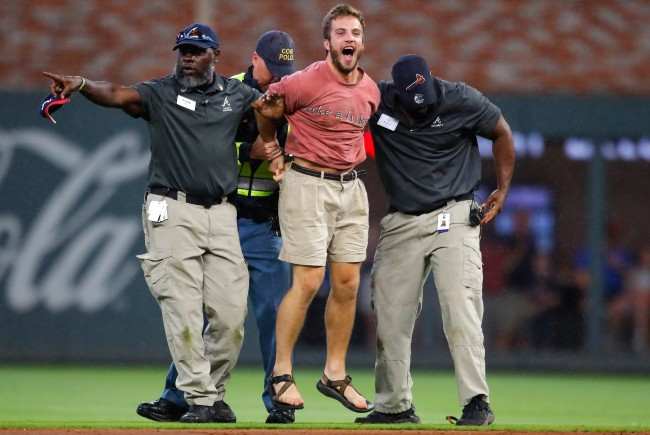 Braves Security Crushed Another Fan Who Ran Onto The Field In Atlanta