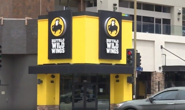 Rat fell from the ceiling and landed on the table of a customer at a Buffalo Wild Wings in Houston.