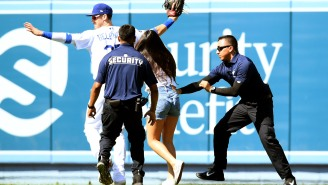 Girl Who Ran Onto Field To Hug Cody Bellinger Revealed How It All Went Down And Her Story Was Great