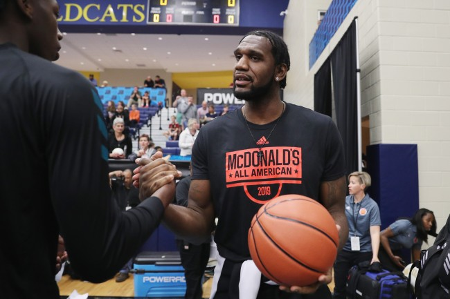 Former No. 1 overall pick Greg Oden gives advice to Zion Williamson as he prepares for NBA Draft