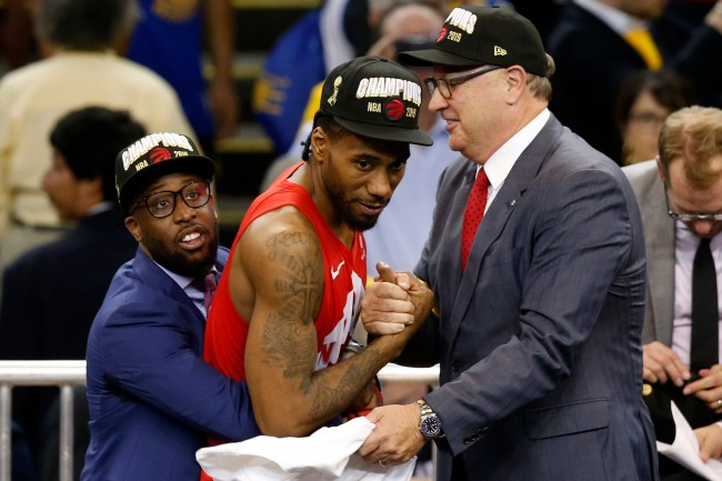 A fake Kawhi Leonard is getting a ton of love from Raptors fans during NBA Finals championship parade