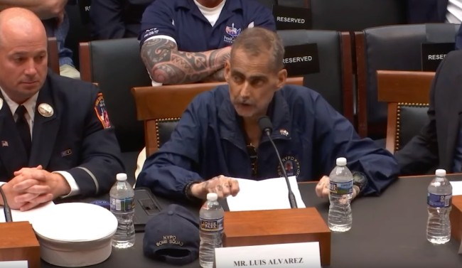 NYPD veteran and 9/11 first responder Luis Alvarez dies from cancer.