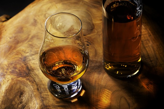 can you age whiskey in a bottle