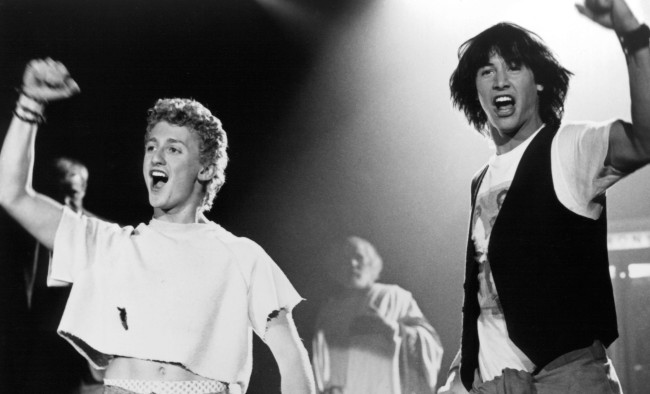 Alex Winter BTS Pic Of Bill and Ted 3 Keanu Reeves Shaved His Beard