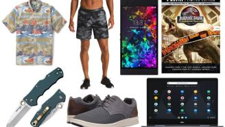 Daily Deals: Razer Phone 2, Zappos Birthday Sale, Banana Republic Black Friday In July, North Face Clearance And More!