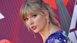 Hopeless Romantic Busted Outside Taylor Swift's Home With Wild Assortment Of Burglary Tools Has A+ Explanation To Police