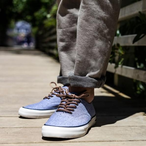 Legend Sneaker Chambray