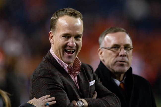 Peyton Manning's loyalty is reportedly too strong to take the Monday Night Football job