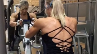 61-Year-Old Grandma Of 6 Intimidates Men With Her Muscular 6-Pack And Buff Biceps