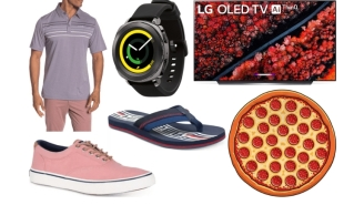 Daily Deals: Big-Screen TVs, Callaway Golf Shirts, Banana Republic Labor Day Clearance, Macy's Flash Sale And More!
