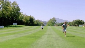 Pro Golfer Sets A World Record For Playing The Fastest Par-5 Hole In History