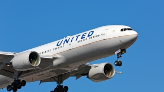 Two United Airlines Pilots Arrested For Allegedly Being Drunk Before Flying Intercontinental Flight That Was Canceled