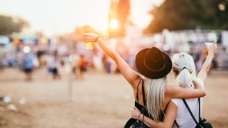 Jealous Boyfriend Sends Girlfriend List Of Insane Rules To Follow While At A Music Festival With Friends