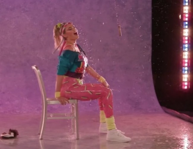 Kate Upton spandex 80s aerobics dancing Fallon