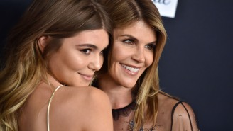 Lori Loughlin's Daughter Still Not Taking Federal Charges Seriously, Is Back On Instagram Giving The Double Bird To The Media