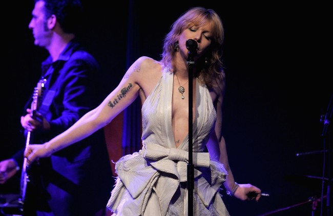 """Courtney Love claims that Prince Andrew showed up at her house at 1 AM """"looking for sex"""" after being introduced by Jeffrey Epstein."""