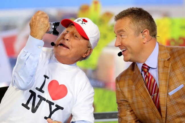 lee corso college gameday routine