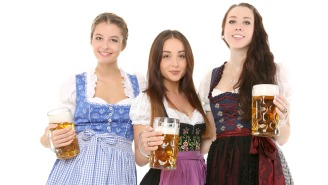 This Girl Crushed The Spinning 'Devil's Wheel' At Oktoberfest And Was The Last Person Standing After All The Drunks Flew Off