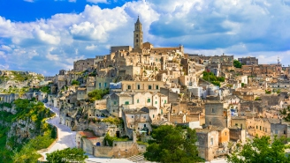 Italy Will Pay You Over $27,000 To Move There