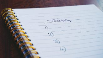 Ask Yourself These 2 Questions Before Every Work Day To Really Get Stuff Done