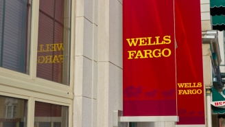 Meet Wells Fargo's New CEO; US Decides Against Banning Chinese Companies From Exchanges