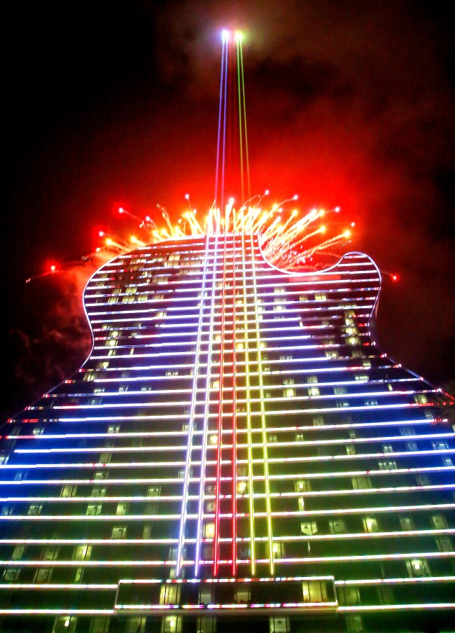 1_5 Billion Guitar-Shaped Hard Rock Hotel And Casino Opens In Florida