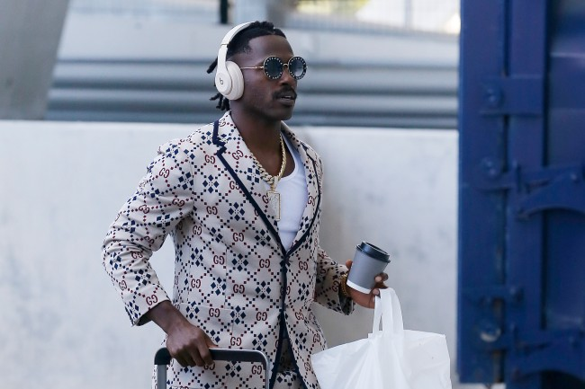 Antonio Brown tweets then deletes a suggestion that he's being blackballed by the NFL