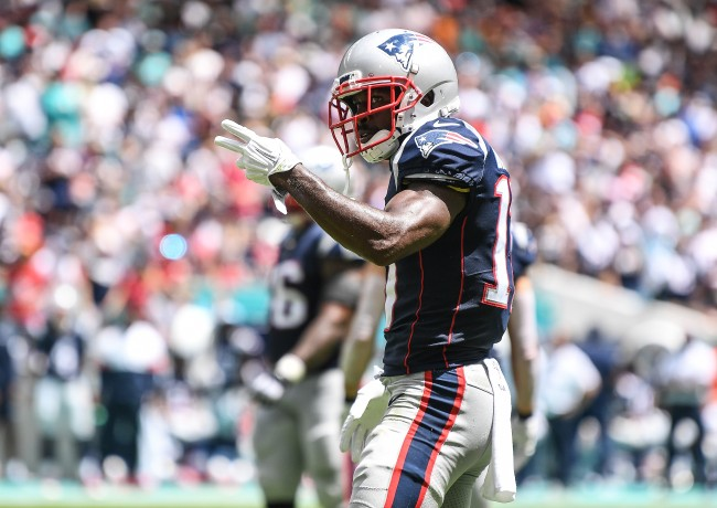 There's a petition for the Patriots to re-sign Antonio Brown and it has a lot of support