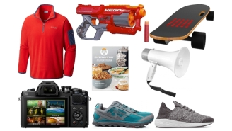 Daily Deals: Helly Hanson Shoes, 'Overwatch' Cookbook, Megaphones, Electric Skateboards, Levi's Sale And More!