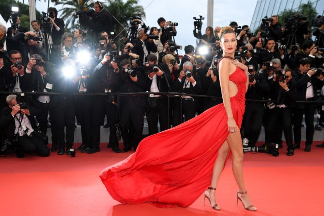 Distinguished cosmetic surgeon Dr. Julian De Silva said Bella Hadid is the most beautiful woman in the world and cites the Golden Ratio and scientific calculations to determine perfect face, edging out Beyonce and Amber Heard.