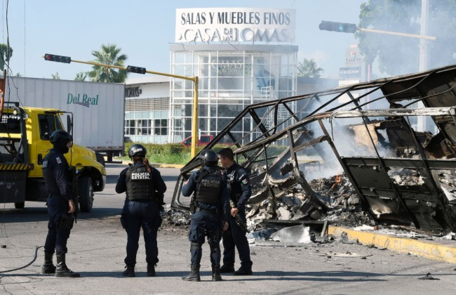 Mexican soldiers were forced to release Joaquin El Chapo Guzman's son Ovidio after the Sinaloa Cartel strong-armed the army in Culiacán by using high-powered weapons.