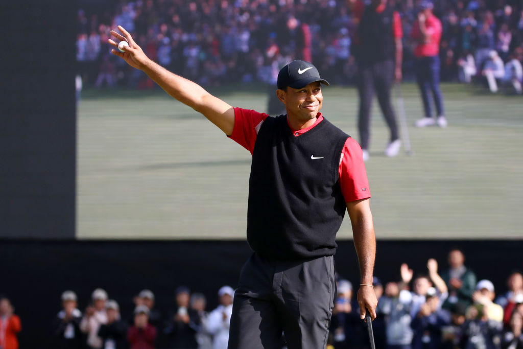 Tiger Woods Wins ZOZO Championship By Three, Ties All-Time ...