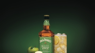 Jack Daniel's Tennessee Apple Whiskey Is Here To Warm You Up This Fall, Here's What It Tastes Like