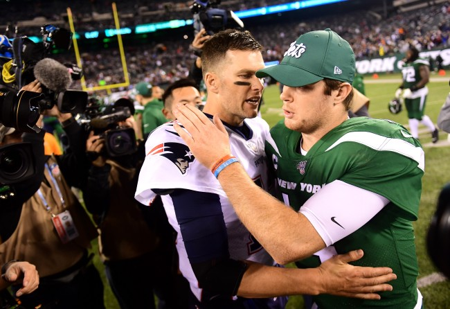 Tom Brady reacts to being mic'd up in future games following Sam Darnold fiasco