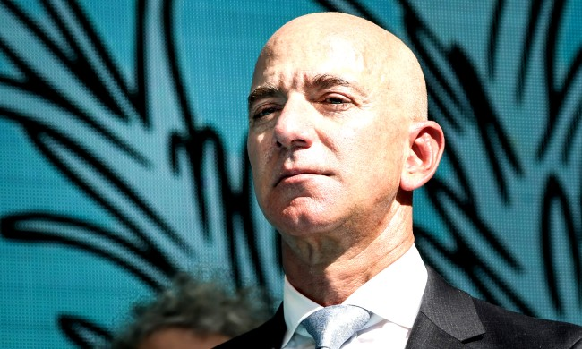 Amazon Founder Jeff Bezos Reportedly Interested In Owning An NFL Team