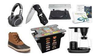 Daily Deals: 'Die Hard,' Bowflex Gym, Ryobi Power Tools, Solar Panels, Casper Mattresses, DNA Testing, Oakley Sale And More!