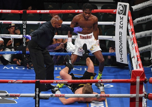 Evander Holyfield Son Knocked Out His Opponent In His Pro Debut