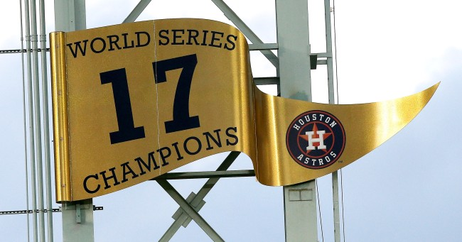 Former Astros Players Say The Team Stole Signs Electronically In 2017
