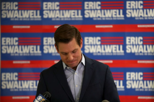 Former Democratic presidential candidate Rep. Eric Swalwell (D-CA) from California farted loudly on live TV during an interview with MSNBC's Chris Matthews.