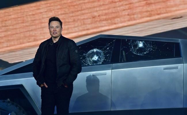 Elon Musk Cybertruck broken windows