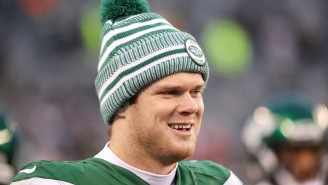 Sam Darnold Reportedly Got 'Wasted' And 'Hooked Up' With Random Girl At Bar After Beating Down The Raiders