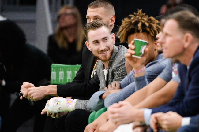 Gordon Hayward explains how gaming helped rehab his broken hand